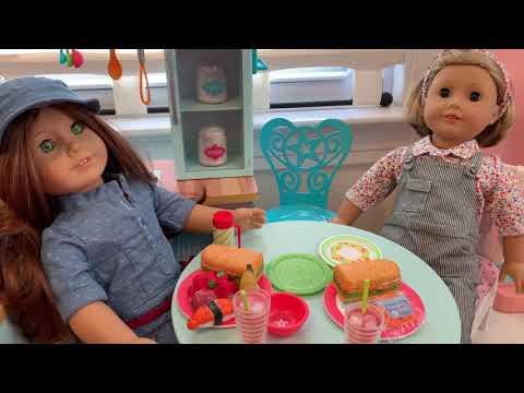 American Girl Doll Video l Kit & Felicity Eat at Kit's House