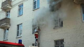 Москва. Пожар на 2-й Черногрязской [17.02.2010]