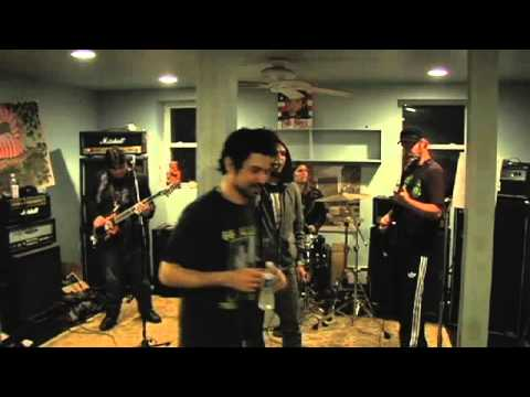 Bam Margera sings Clutch Cover in the Hobbit Hole