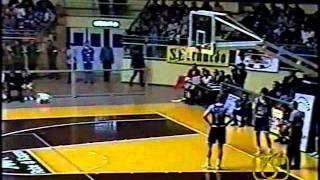Kappa Torino-Clear Cantù 85-79 tempi supplementari completi, Mannion Vincent Della Valle Silvestrin thumbnail