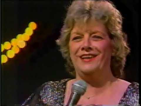 It's De-lovely  - Rosemary Clooney 1983