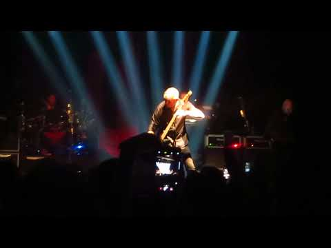 Stranglers : Go Buddy Go No, More Heroes, Paris Cigale 2017