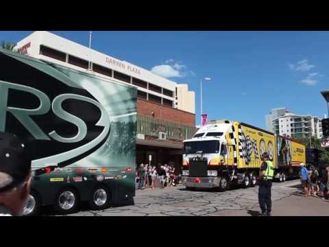 2013 V8 Supercar Transporters Parade - Darwin [HD]