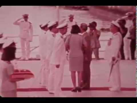 TT Nguyễn Văn Thiệu duyệt hạm đội hải quân Việt Nam Cộng Hòa