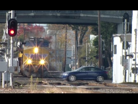 UP Union Pacific Work Train Works Through The Many Crossings ~ Eugene Oregon