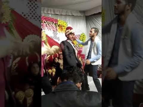 Funny Dulha Dance