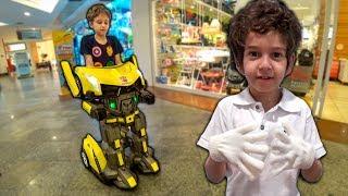 Paulinho vira um ROBÔ e anda de Jato na Busca da Roupa do Toquinho para a Apresentação Escolar