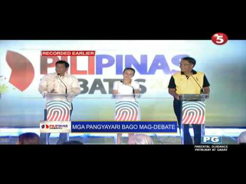 Duterte, Poe, and Roxas trying to entertain the crowd (Pre-debate Part 1)