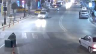 Mobese Kameralarına Yansıyan Ilginç Kazalar