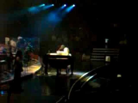 Josh Groban - Remember When It Rained LIVE