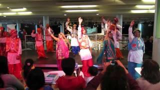 World Dance Festival, London - iMatrix Group performs Bhangara!!