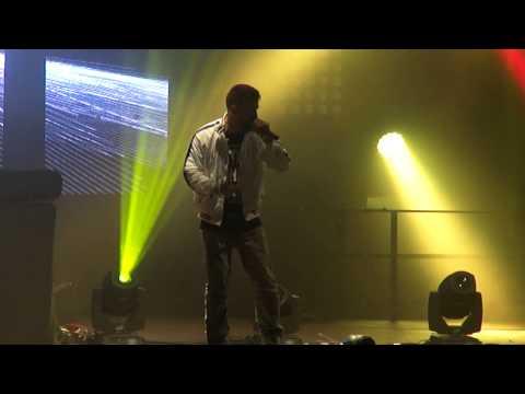 [HD] Bushido -  Selbst Ist Der Mann LIVE @ Huxleys Neue Welt, Berlin - September 28 2013