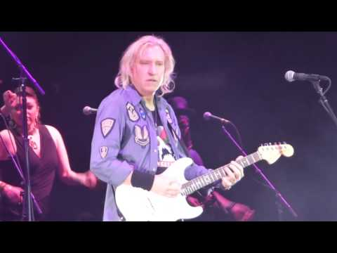 Joe Walsh  Funk #49 James Gang song Houston 042917 HD