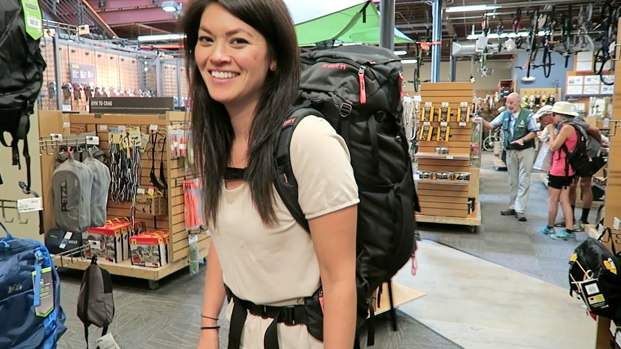 CHOOSING A BACKPACK // Preparing for Long Term Travel #4 - YouTube