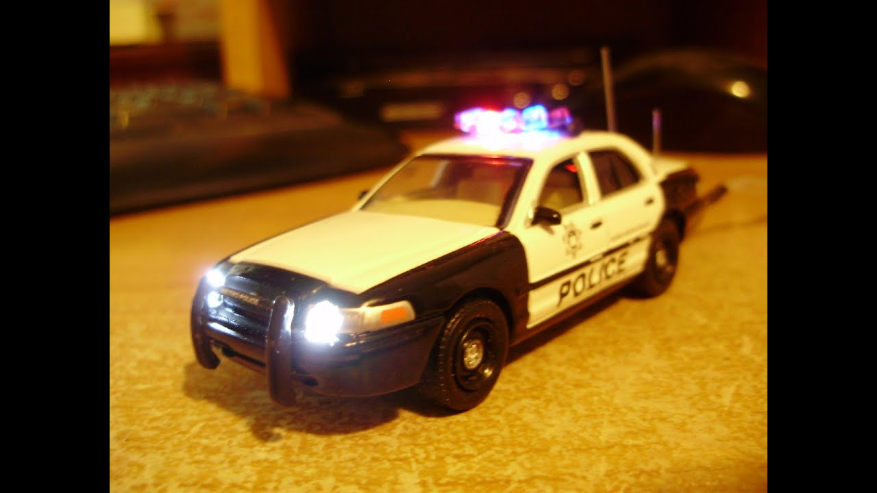 Ford Trucks 2016 >> Custom 1:64 Greenlight LAS VEGAS PD Crown Vic with working lights - YouTube