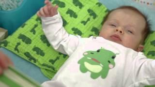 Baby 1x1: Das Baby anziehen