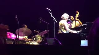 Norah Jones - Nightingale (Noches del Botánico, Madrid, 29/07/2018)