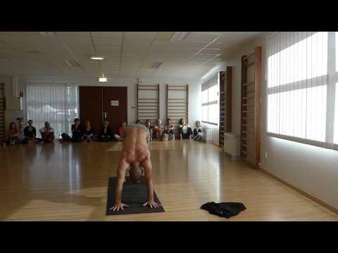 Loïc Morice YOGALAND Hatha et Vinyasa yoga