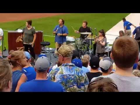 "Casting Crowns-Faith and Family night in Kansas City ""One Step Away"" 07/09/2016"