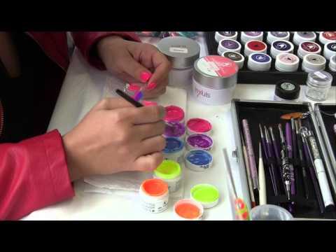 démo-nail-art-rapide-avec-degradé-gel-couleur-abc-nailstore