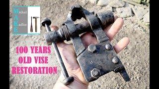 Is it world's smallest blacksmith vise? 100 years old vise restoration
