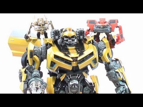 TRANSFORMERS BATTLE OPS GOLD BUMBLEBEE WITH METALLIC FINISH TOY REVIEW!!..