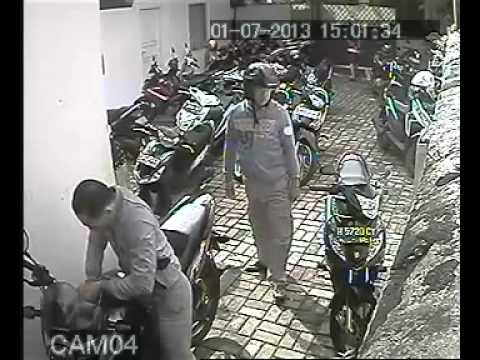 pencurian motor di daerah tebet barat Jakarta,  2 Juli 2013