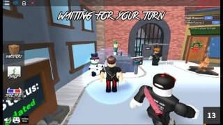 First Video On Roblox IM AN GAMING GEEK