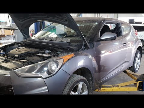 2012-13 Hyundai Veloster spark plug replacement