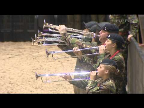 Female Soldiers Vital To King's Troop | Forces TV