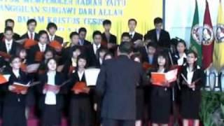 Medley- Ajaib Anugerah Yesus and Ajaib Tuhanku-UKRIM choir.mpg