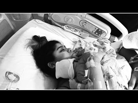 LABOR & DELIVERY | VLOGMAS DAY TWO | diazfordays
