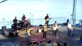 BEACH BOYS LIVE AT SEA WORLD:S BANDS AND BBQ 2/16/2013
