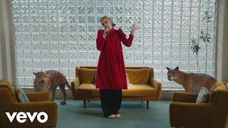 """BENEE - """"Supalonely"""" (Live on The Ellen DeGeneres Show / 2020) ft. Gus Dapperton cмотреть видео онлайн бесплатно в высоком качестве - HDVIDEO"""