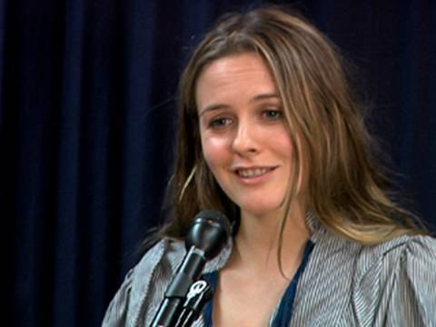 Alicia Silverstone Not 'Clueless' About Vegan Health