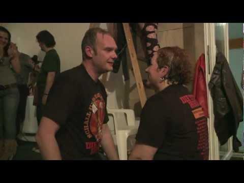 Die Toten Hosen: Tag 9 - Szigetszentmiklós (Ungarn) - Magical-Mystery-Tour 2012 / Das Videotagebuch