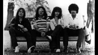 Thin Lizzy - Romeo and the Lonely Girl (Live w/Scott Intro)