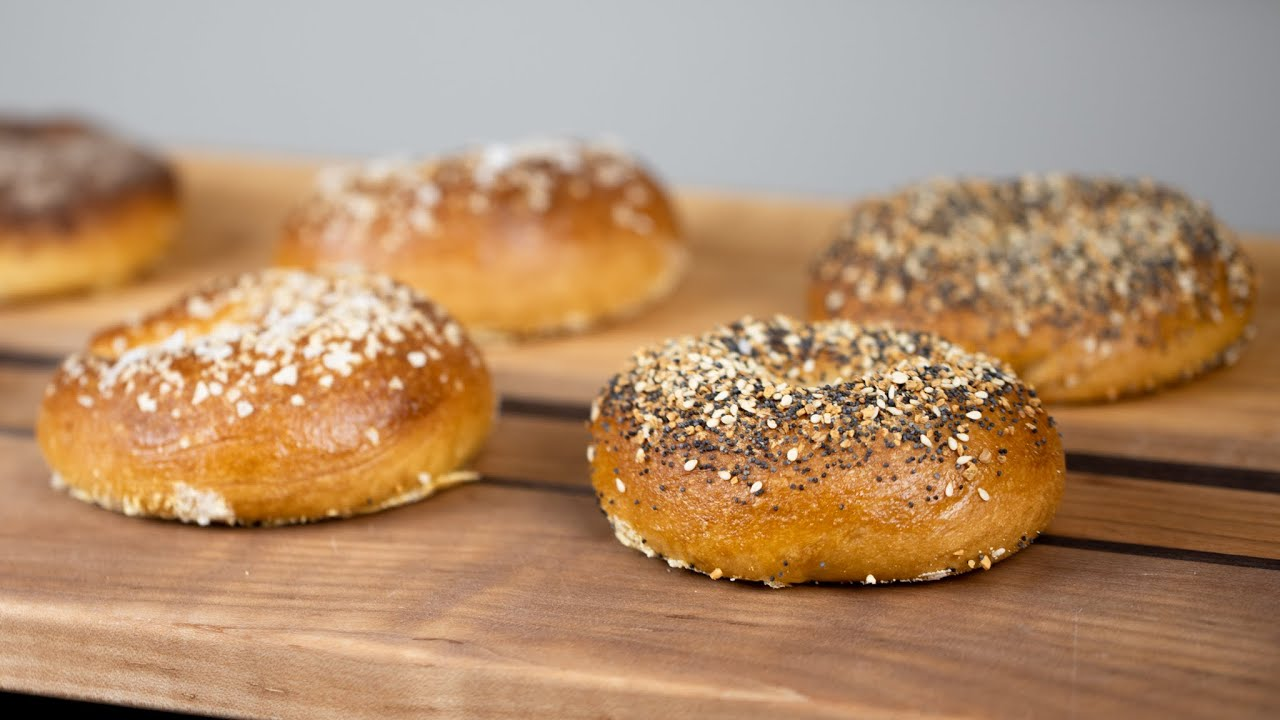 HOW TO MAKE PERFECT BAGELS AT HOME