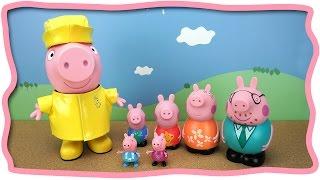 ГИГАНТСКАЯ игрушечная Свинка Пеппа и игрушки для ванны - СЕМЬЯ Открываем играем лепим из Play Doh