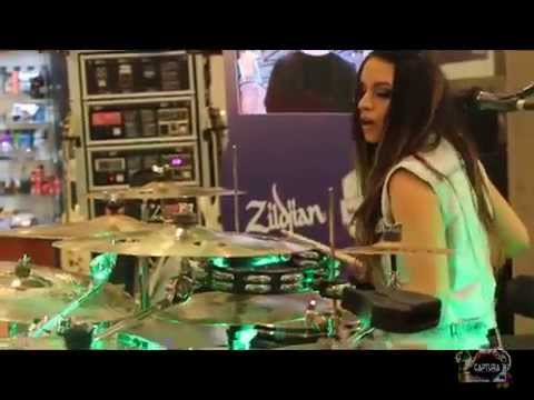 "VAL SEPULVEDA / FER FUENTES ""MADE IN CHILE"" FEMALE DRUMMERS DUET"