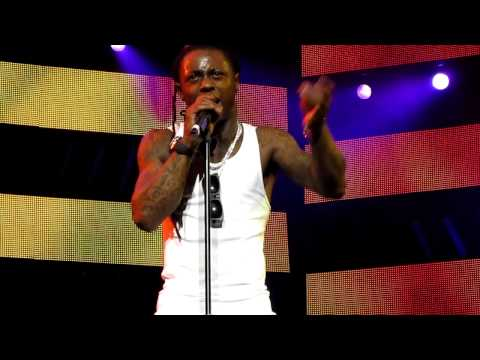 Let The Beat Build - Lil' Wayne America's Most Wanted Tour