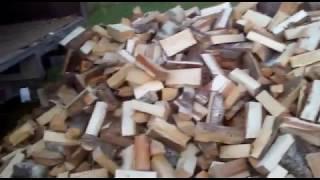 видео Дрова колотые березовые. Купить в Москве и Московской области
