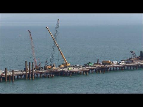 Строительство Керченского моста (март, 2017).