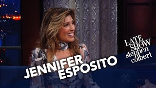 Jennifer Esposito Shares An Epicly Tragic Autocorrect Story