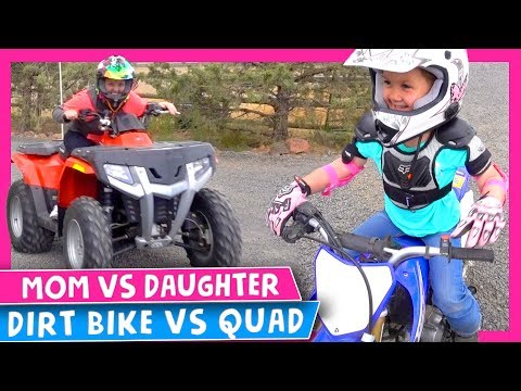 🏁 Mom VS Daughter Dirt Bike Race 😨 Dirt Bike VS Quad 🏍