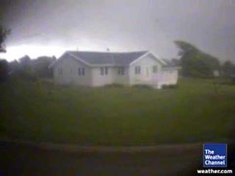 EF5 Tornado Rips Apart House