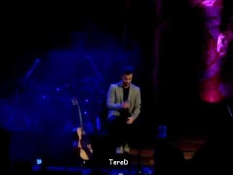 """Pablo Alborán cantando """"La vie en rose"""" en el Palau de la Música Catalana (06-03-2012)"""