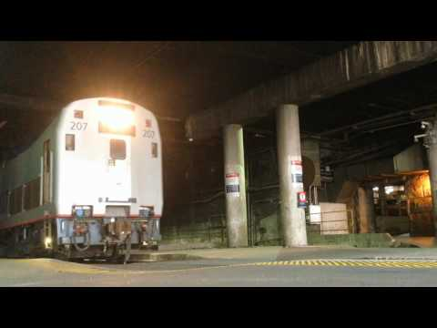 Electric to Diesel Locomotive Changes - Amtrak Washington Terminal 2016