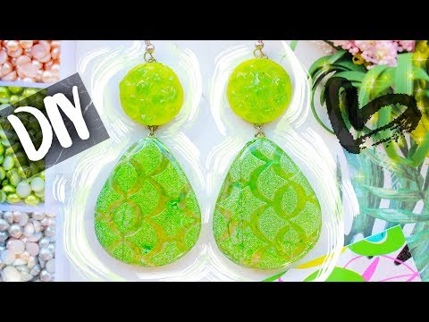 Green Earrings with Epoxy Resin ● EASY DIY ● Polymer Clay