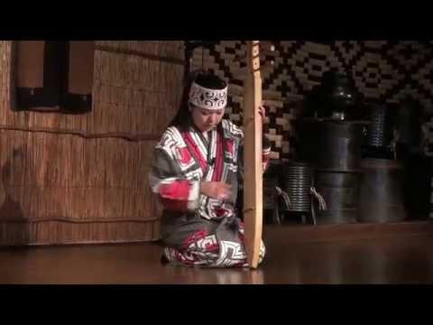 Japón - Tonkori, instrumento Ainu / Ainu instrument - Japan